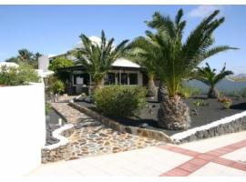 Villa for sale - Costa Teguise - Lanzarote