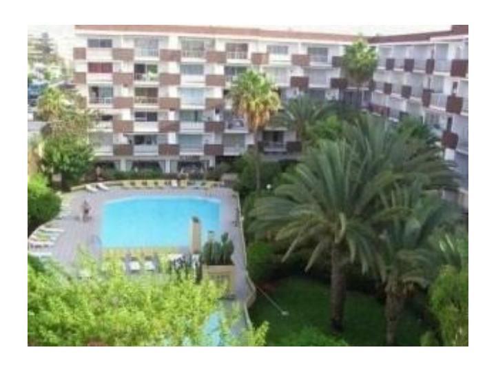 Apartamento para alquiler de vacaciones playa del ingles for Bano ocupado en ingles